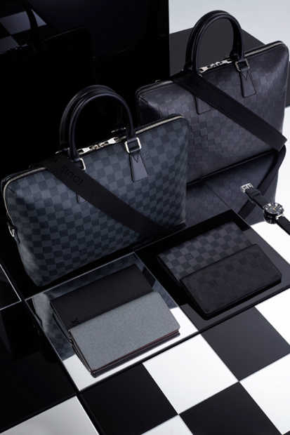 louis-vuitton-2013-spring-damier-signature-collection-03