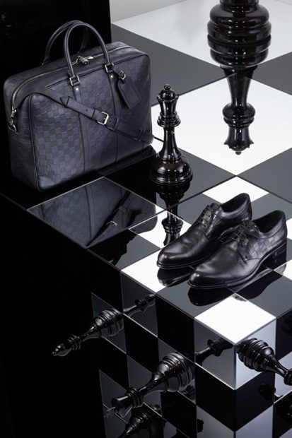 louis-vuitton-2013-spring-damier-signature-collection-04