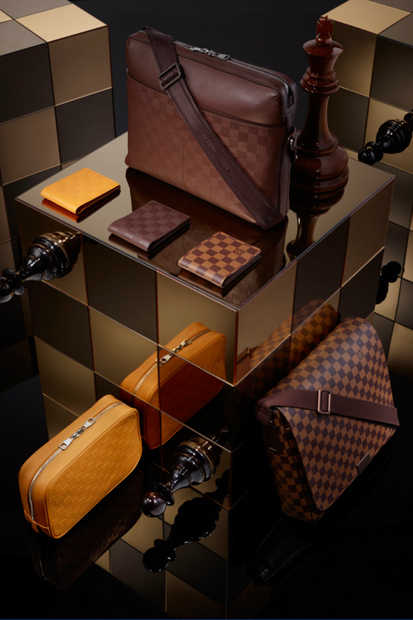 louis-vuitton-2013-spring-damier-signature-collection-05