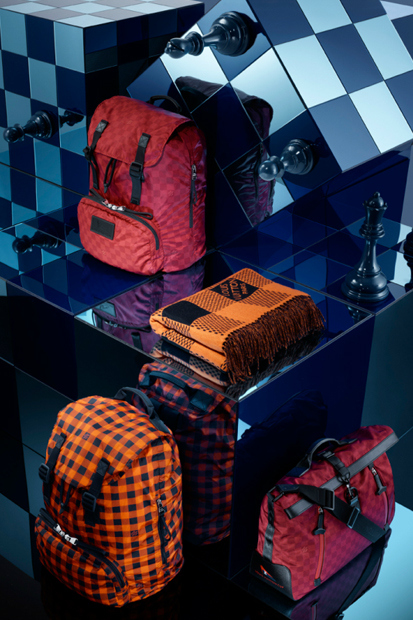 louis-vuitton-2013-spring-damier-signature-collection-09