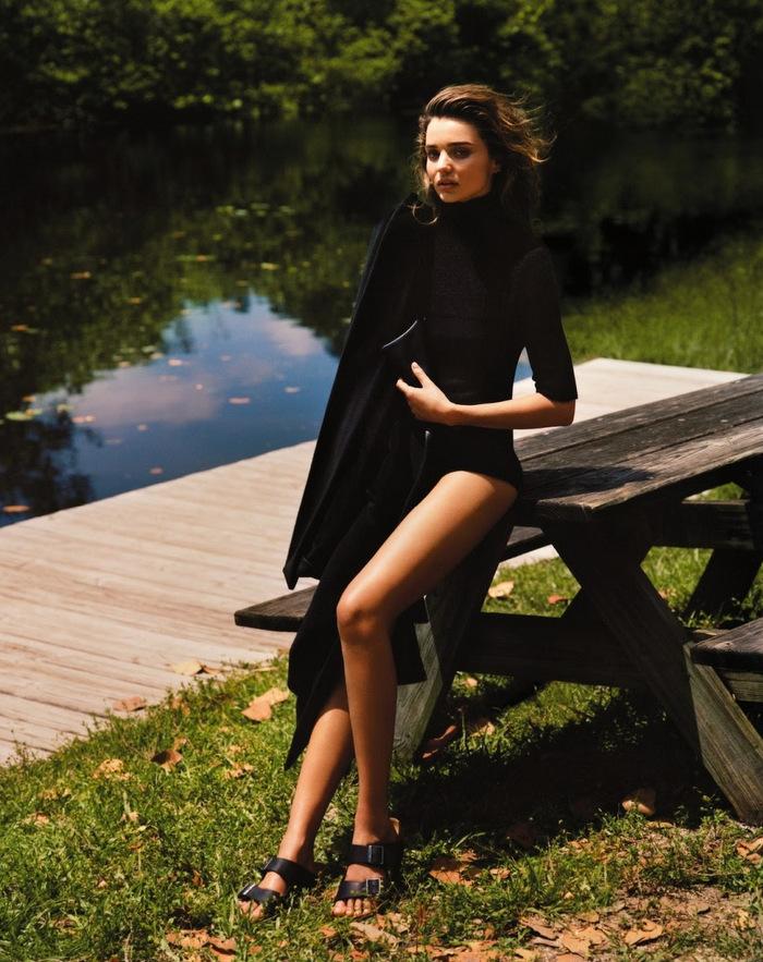 Vogue-UK-September-2013-Miranda-Kerr-by-Alasdair-McLellen-10
