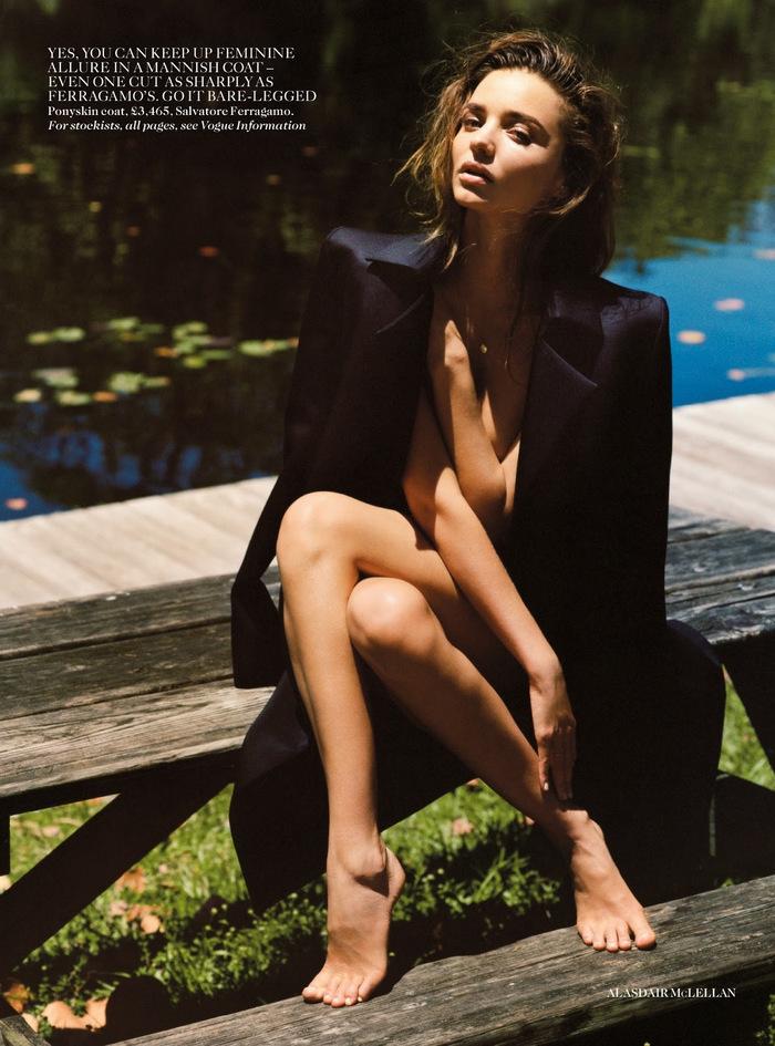 Vogue-UK-September-2013-Miranda-Kerr-by-Alasdair-McLellen-12