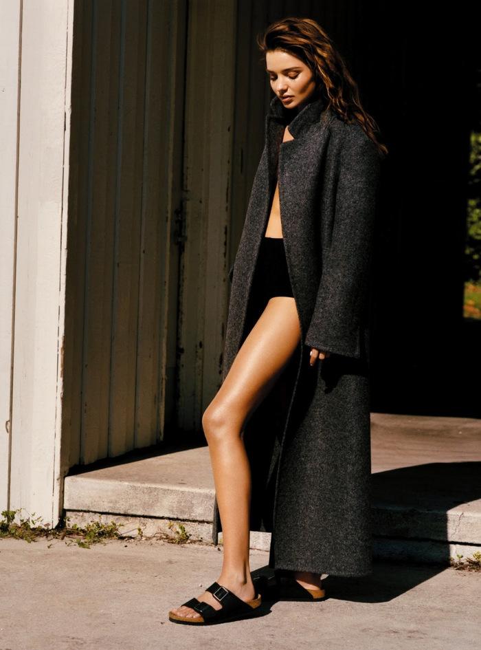 Vogue-UK-September-2013-Miranda-Kerr-by-Alasdair-McLellen-8